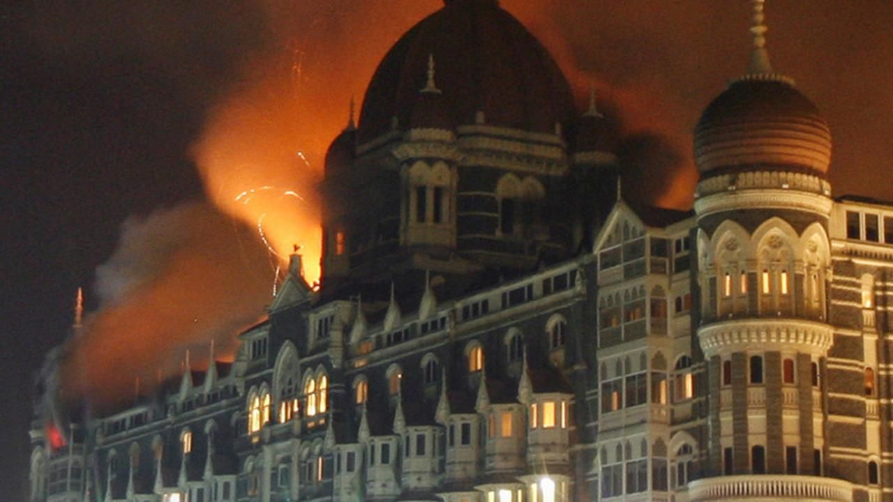 indias stand on 26 11 mumbai attacks An indian commando rappels from a helicopter during the final assault on  nariman  but the 26/11 attacks—as they came to be known—set a grim new  standard  a holika dahan effigy of ajmal kasab stands in a mumbai.