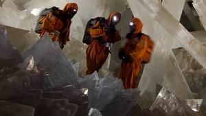 Return To The Giant Crystal Cave
