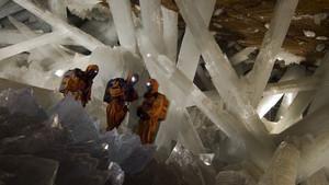 墨西哥水晶洞探祕 Into The Crystal Cave