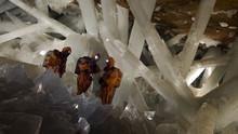 墨西哥水晶洞探祕 Into The Crystal Cave 節目