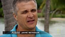 Hrănirea rechinilor documentar