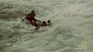 Reševanje z reševalci iz vode Fotografija
