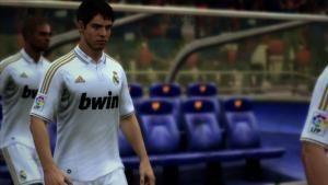 Mega Fábricas: EA Sports Fifa 12 - Kaka fotografia
