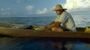 Survive the Tribe - Solo tra gli squali foto