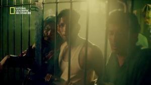 مسجون في الغربة صورة