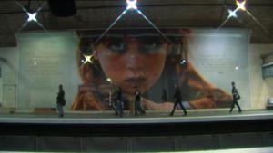 Montage de l'exposition Chemins parallèles photo