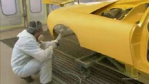 Handpainting a Lamborghini
